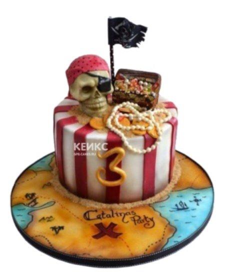 Полосатый торт Пираты с сундуком и черепом