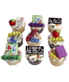 Капкейки с тетрадями и ручками на 1 сентября