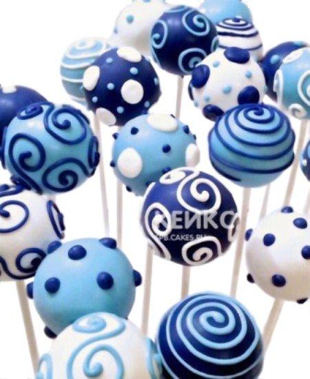 Капкейки кейк попсы в бело-синем цвете