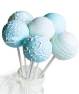 Капкейки кейк попсы бело-голубого цвета