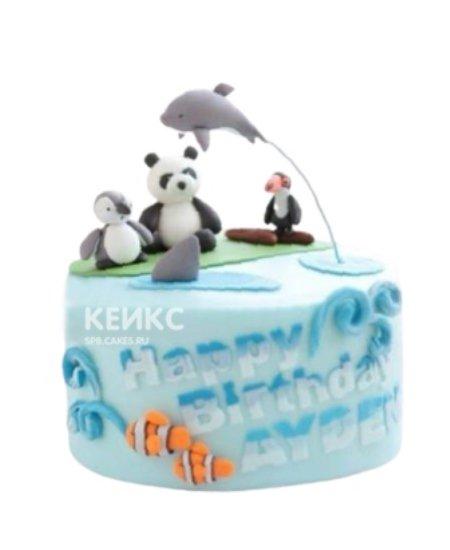 Синий торт с фигурками дельфина и зверушек