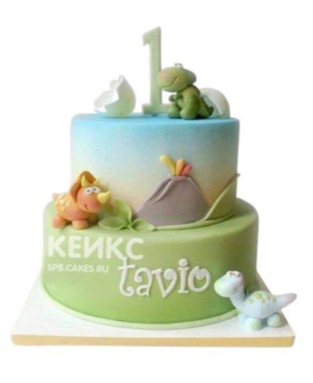 Разноцветный торт с милыми фигурками динозавров