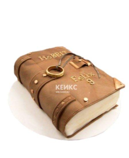 Торт в виде закрытой книги
