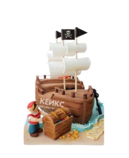 Торт Пиратский Корабль с фигуркой пирата и сундуком