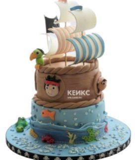 Двухъярусный торт в виде пиратского кораблика с попугаем