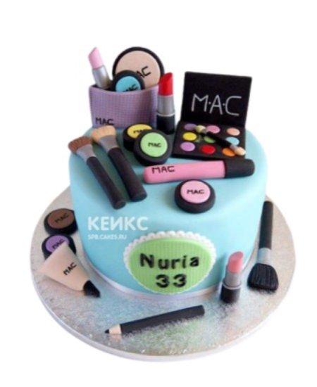 Торт голубого цвета в виде косметики