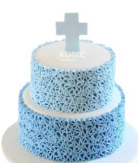 Голубой двухъярусный торт на крещение с кружевами