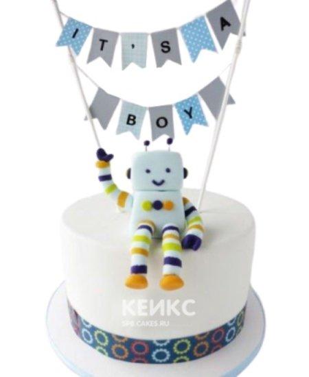 Белый торт с роботом и флажками