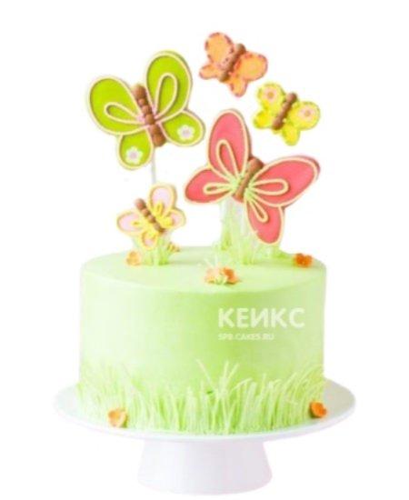 Детский торт украшенный разноцветными бабочками