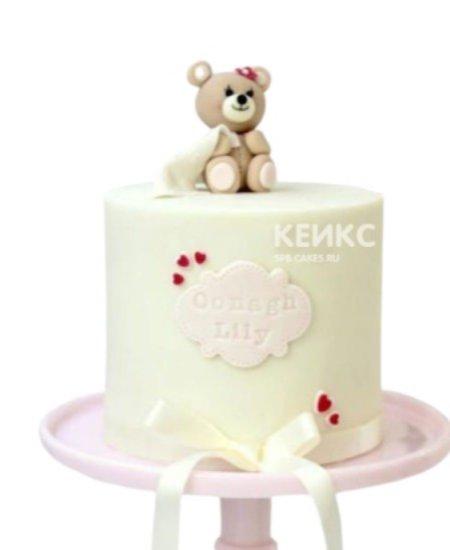 Торт медведь с сердечками и бантиком