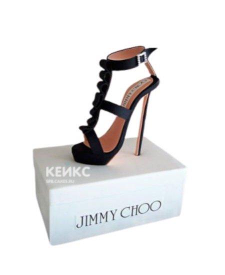 Торт коробка с туфелькой Jimmy Choo