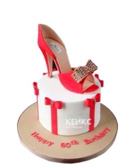 Торт красная туфелька с бантиком