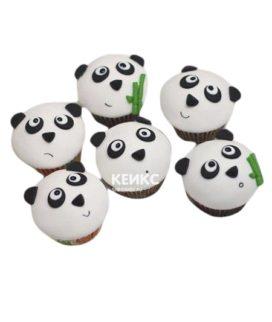 Капкейки с мишками панда