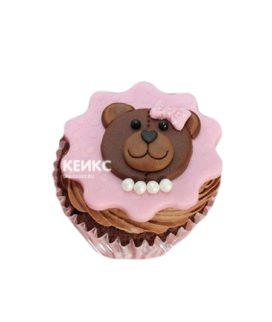 Розовые капкейки с мишками в бусах