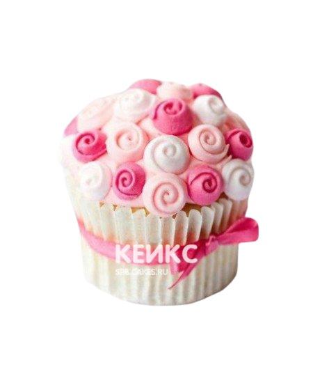 Капкейки на 8 марта в розовых тонах