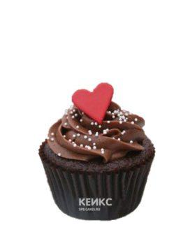 Капкейки с коричневым кремом и сердечками на 14 февраля