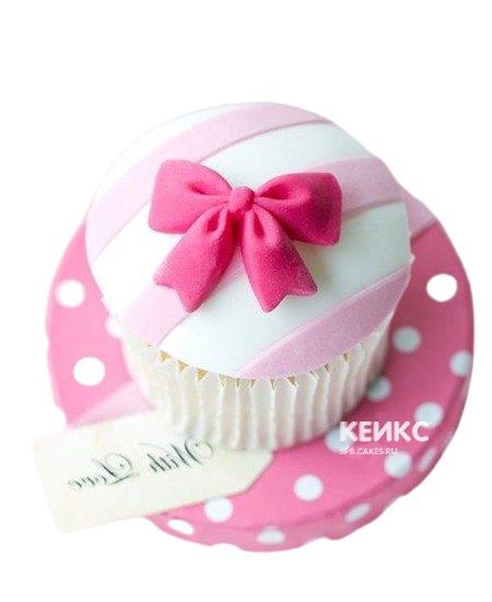 Капкейки на годик девочке с бантиком в розовых тонах