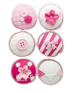 Чудесные капкейки в розовых тонах для девочки