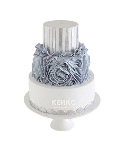 Бирюзовый свадебный торт с кружевами