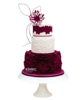 Красно-белый рельефный свадебный торт с цветком