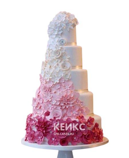 Свадебный розовый торт Омбре с цветами из мастики