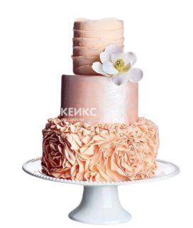 Розовый свадебный торт с белой орхидеей