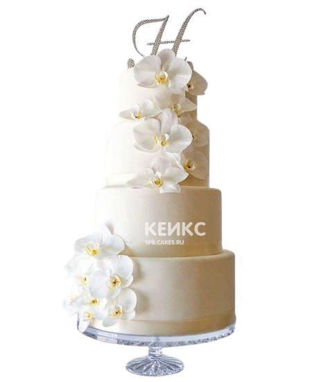 Свадебный торт с орхидеями и инициалами