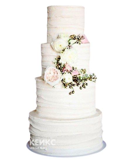 Белый четырехслойный свадебный торт Пионы