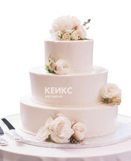 Нежный свадебный торт Пионы