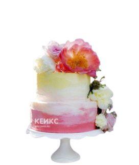 Яркий свадебный цветной торт с пионами