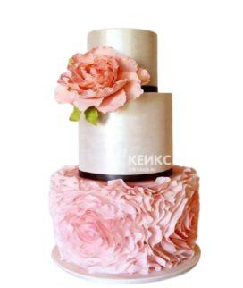 Свадебный бело-розовый торт с пионом