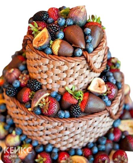 Свадебный торт в виде корзины с фруктами