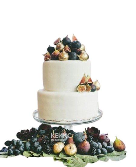 Белый свадебный торт с ягодами инжира