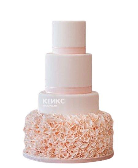 Свадебный торт в розовых тонах с кружевом