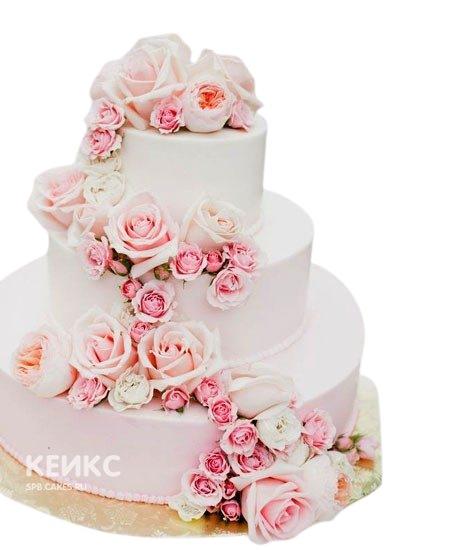 Свадебный торт с живыми цветами большие и маленькие розы