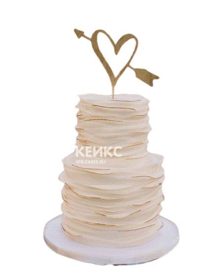 Свадебный торт сердце со стрелой