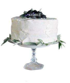 Торт брату белый с шелковицей