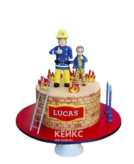 Торт для пожарного с фигурками и лесницей