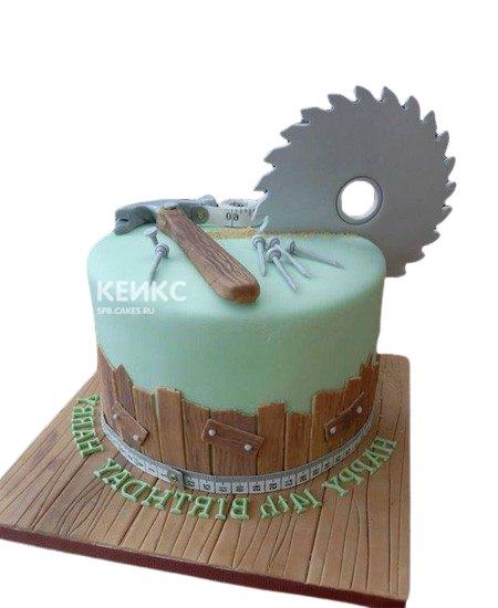 Торт для строителя с молотком и гвоздями