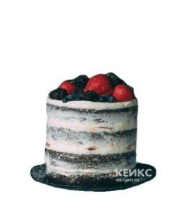 Торт в стиле рустик с клубникой и другими ягодами для друга