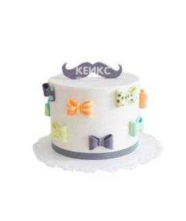 Торт другу с усами и бабочками