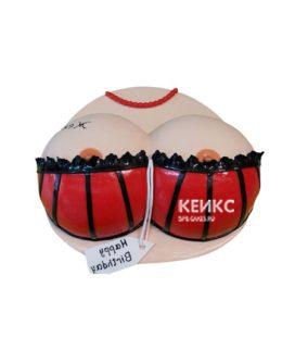Торт в виде женской груди в красно-черном белье