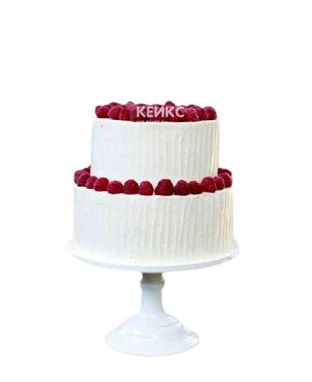 Белый двухъярусный торт со свежей малиной для мамы