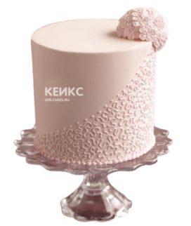 Кремовый торт с кружевами и цветами для мамы