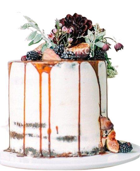Торт папе с ягодами и цветами
