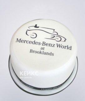 Торт из мастики с логотипом Мерседес