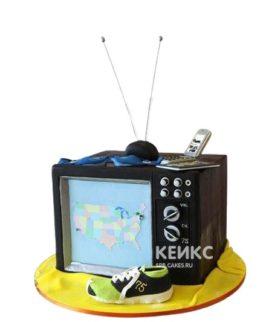 Торт в виде телевизора с антенной