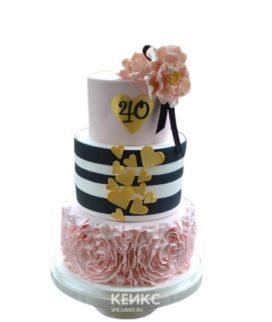Торт на юбилей женщине 40 лет с желтыми сердечками
