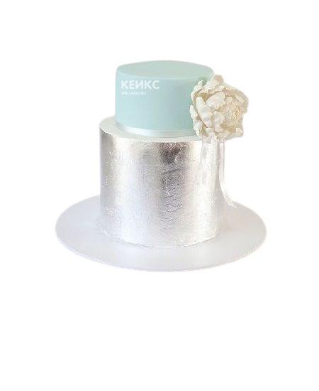Серебристо-бирюзовый торт на юбилей женщине 50 лет