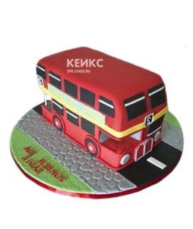Торт в виде красного двухэтажного автобуса